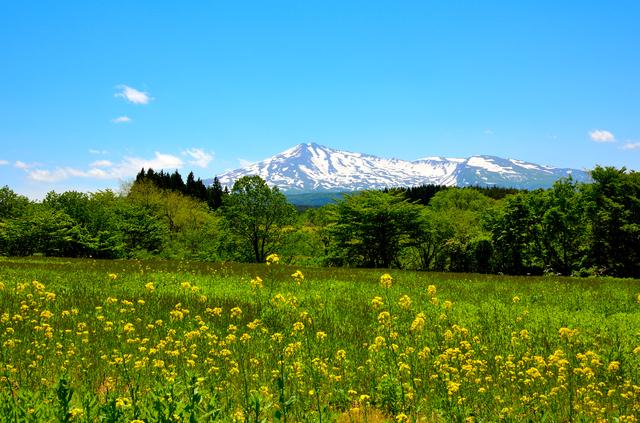 写真:鳥海山風景
